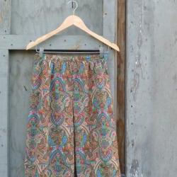 1970s Silk Skirt Paisley Print